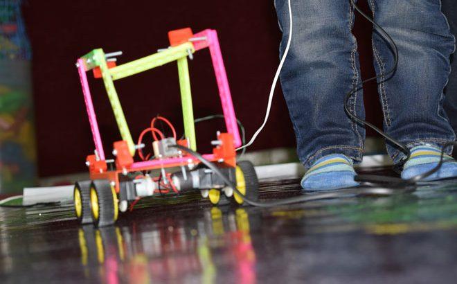 mosabeghe robotic mahd aftab