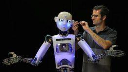 ۱۰۱۲۴۵۴۲۳-robot.530×298